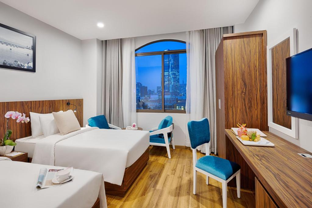 Staycation Offer - Lessini Premier Double or Twin Room - Free Benefits Included