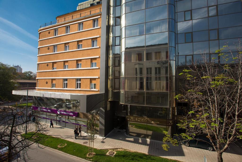 Hotel Putnik Novi Sad Serbia Booking Com