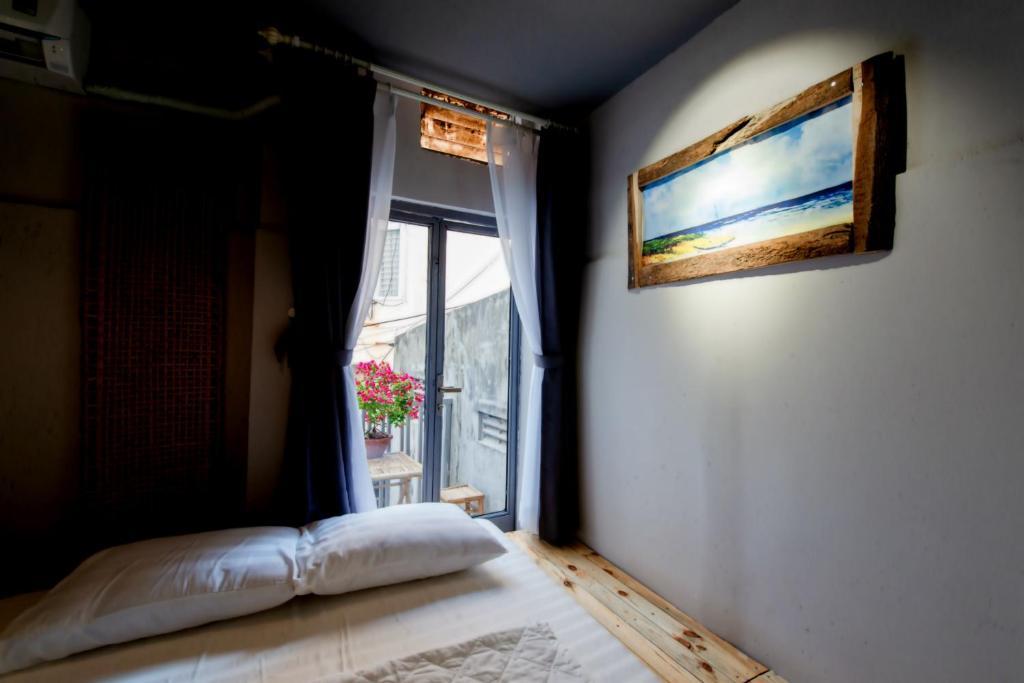 Phòng Giường Đôi Có Ban Công (2 Người Lớn + 1 Trẻ Em)