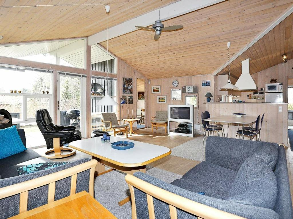 Five-Bedroom Holiday home in Græsted 2