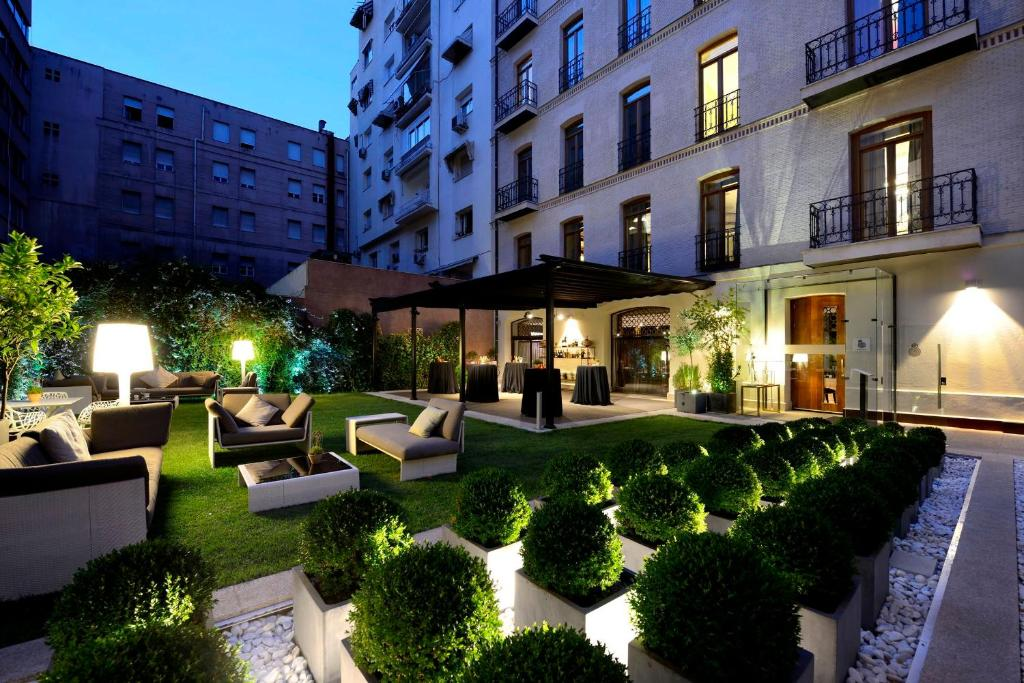 Hotel Único Madrid (España Madrid) - Booking.com