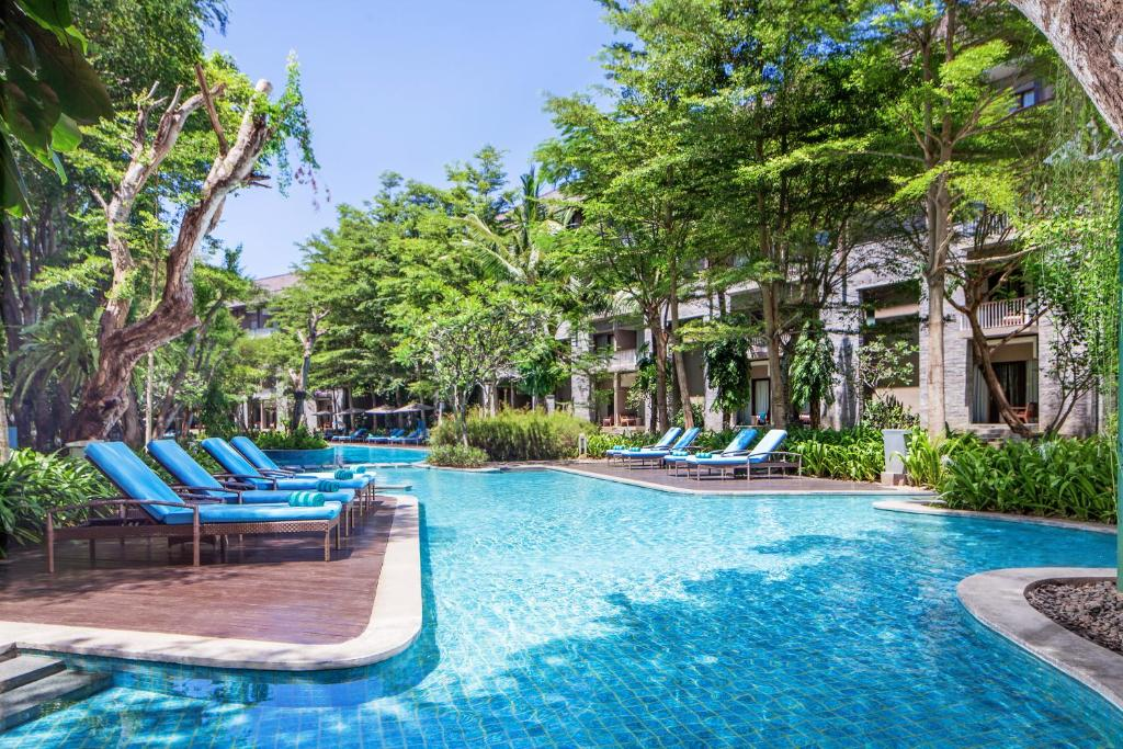 The swimming pool at or near Courtyard by Marriott Bali Nusa Dua Resort