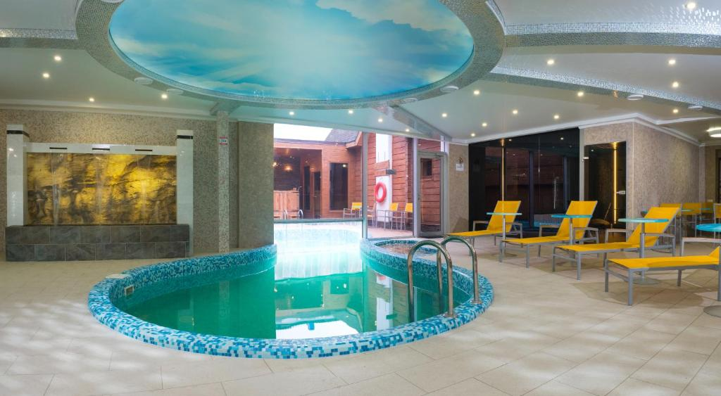 The swimming pool at or near China-town hotel