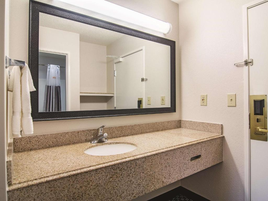 La Quinta Inn & Suites Brunswick