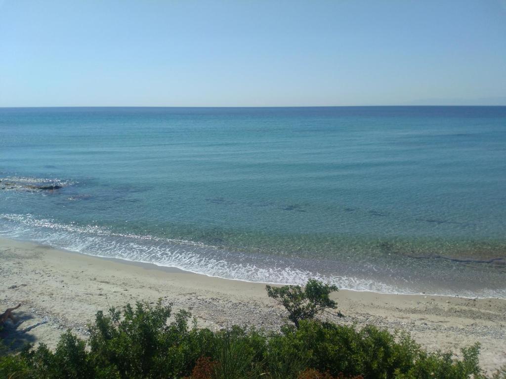 Yut Holiday Home Nea Skioni Greece Booking Com