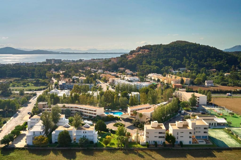 A bird's-eye view of Aparthotel Duva & Spa