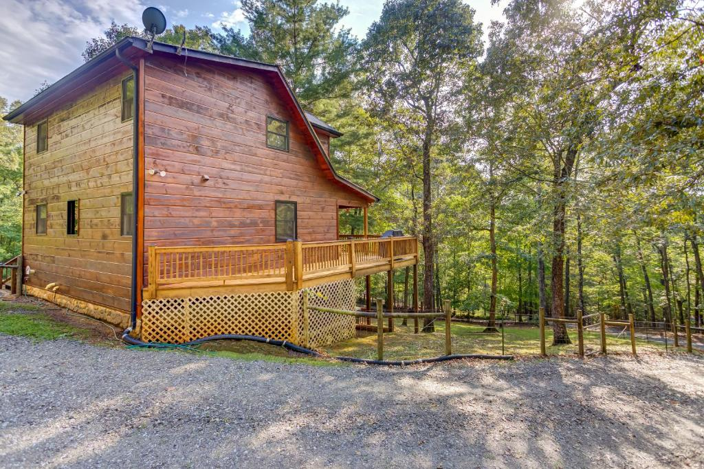 Vacation Home Treehouse Cabin Dial Ga Booking Com