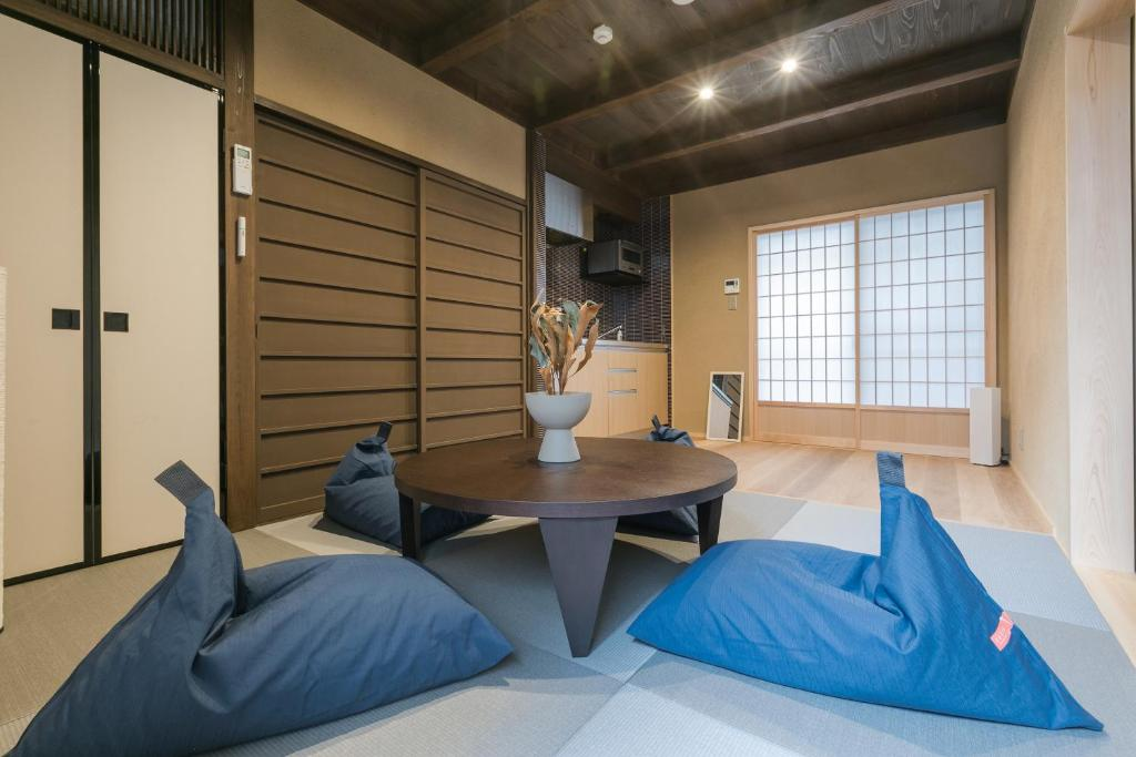 No.8 京都にあるシーティングエリア