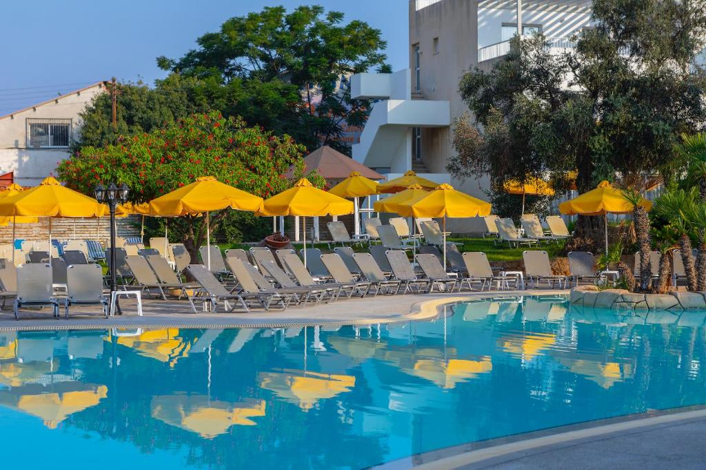 Mayfair Hotel Formerly Smartline Paphos Pafos Obnoveni Ceni 2020