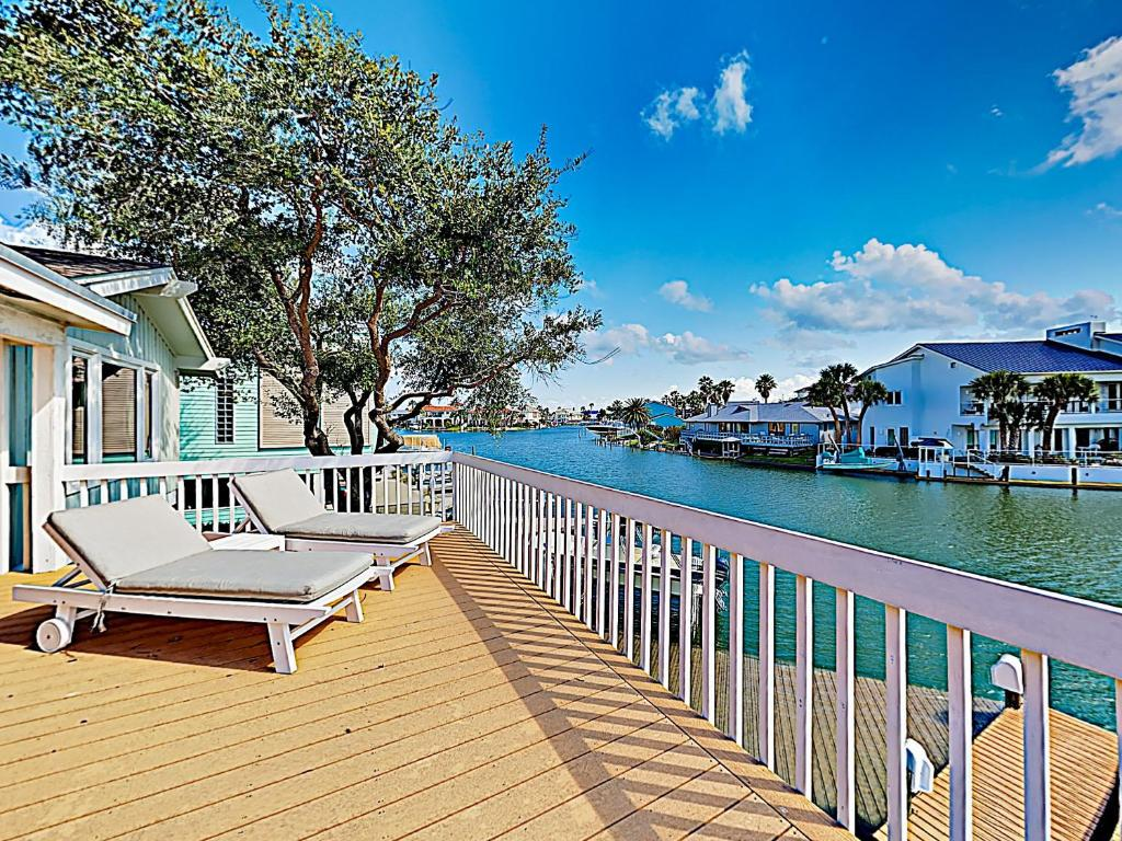 A balcony or terrace at New Listing! Key Allegro Waterfront Home W/ Pool Home