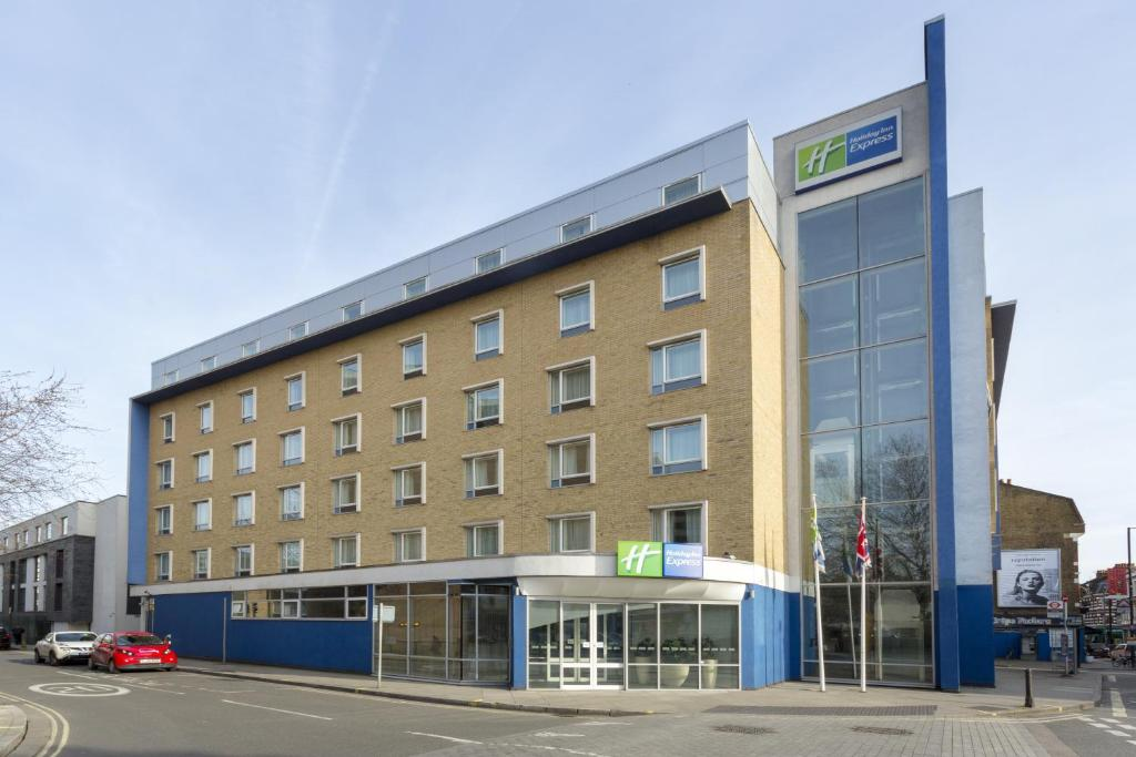 Holiday Inn Earls Court London Uk Bookingcom