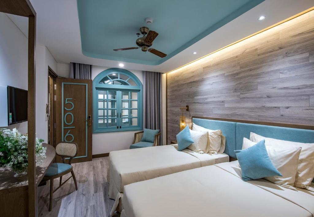 Phòng Deluxe 2 Giường Đơn (Cửa Sổ Bên Trong)