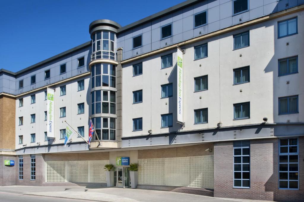 Holiday Inn London City Uk Bookingcom