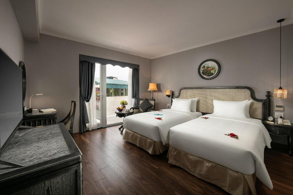 Suite Premium Nhìn Ra Thành Phố