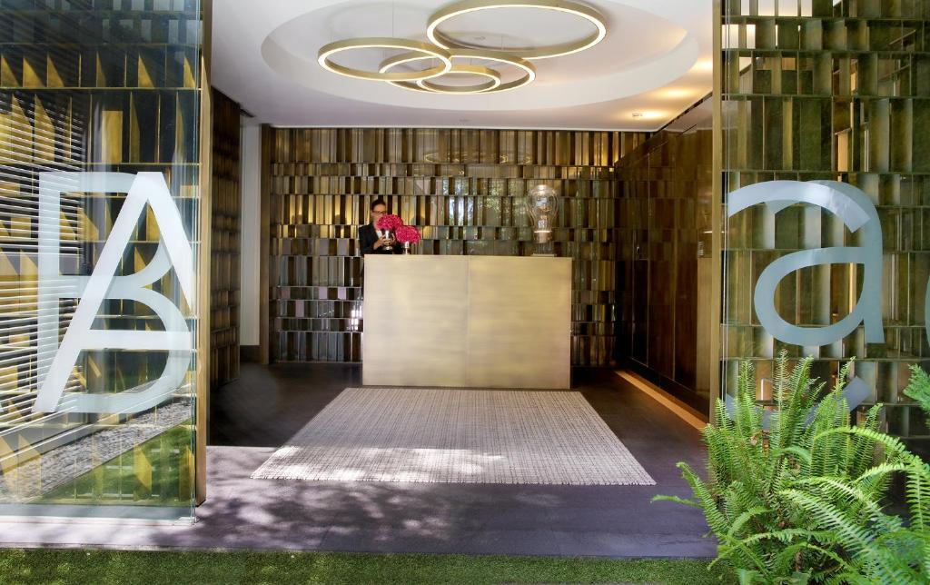 The lobby or reception area at ABaC Restaurant Hotel Barcelona GL Monumento