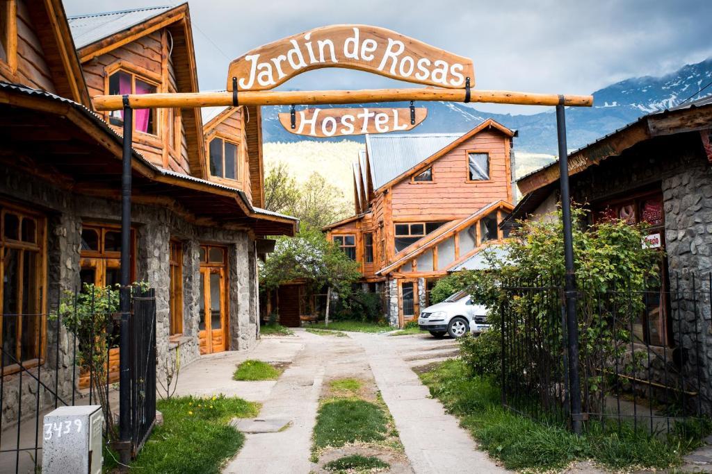 Jardín de Rosas Hostel, El Bolsón, Argentina - Booking.com