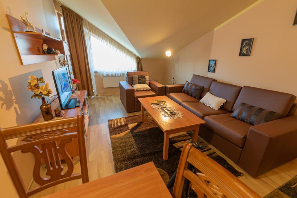 هتل Borovets Sequoia Ski and Lounge Apartment