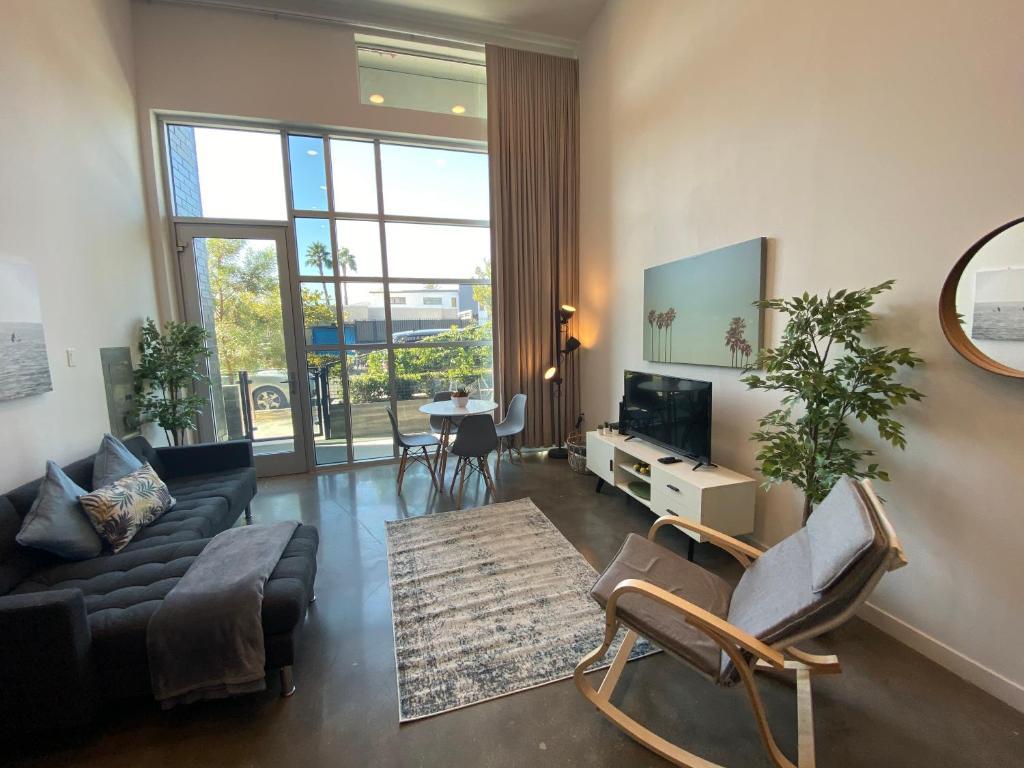 LA Loft Apartments near the Beach, Los Angeles, CA - Booking.com