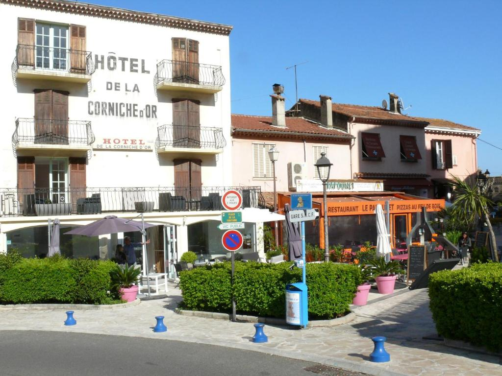 Hôtel De La Corniche Dor Mandelieu La Napoule France