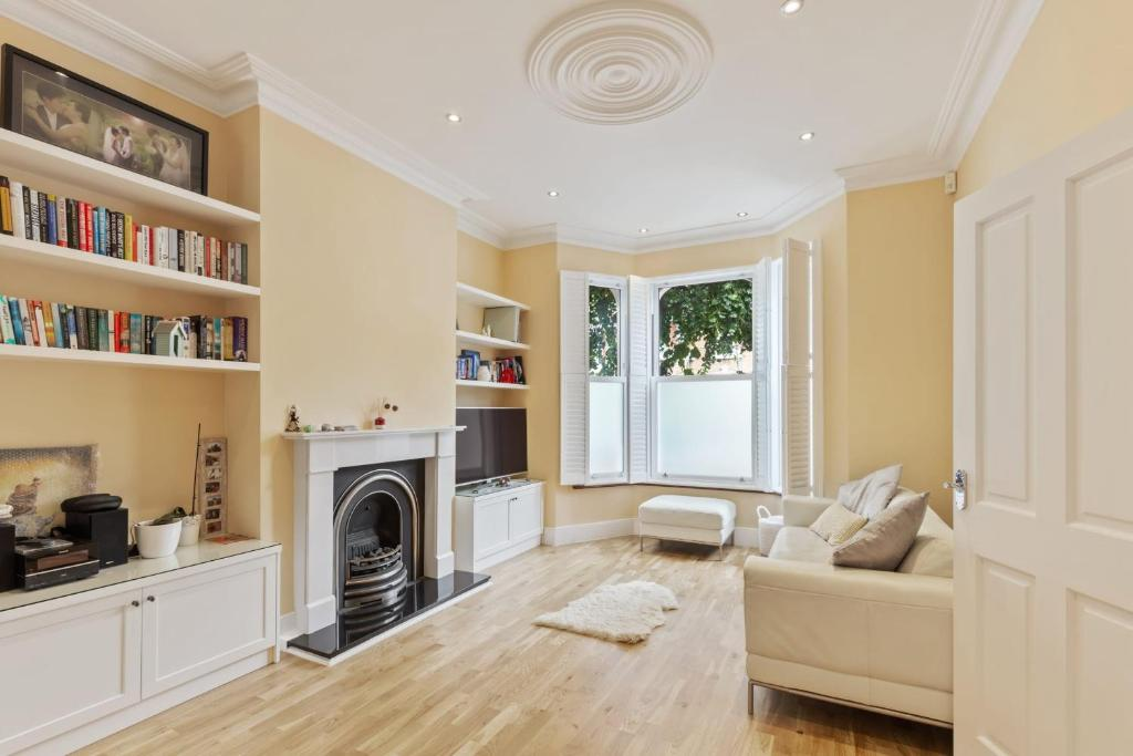 Stunning 4 Bed House W/Terrace Nr Greenwich