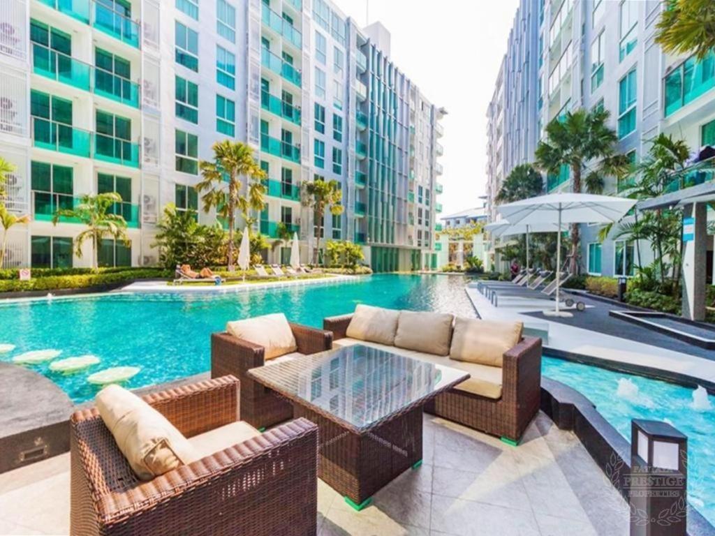 Бассейн в City Center Residence Pattaya или поблизости