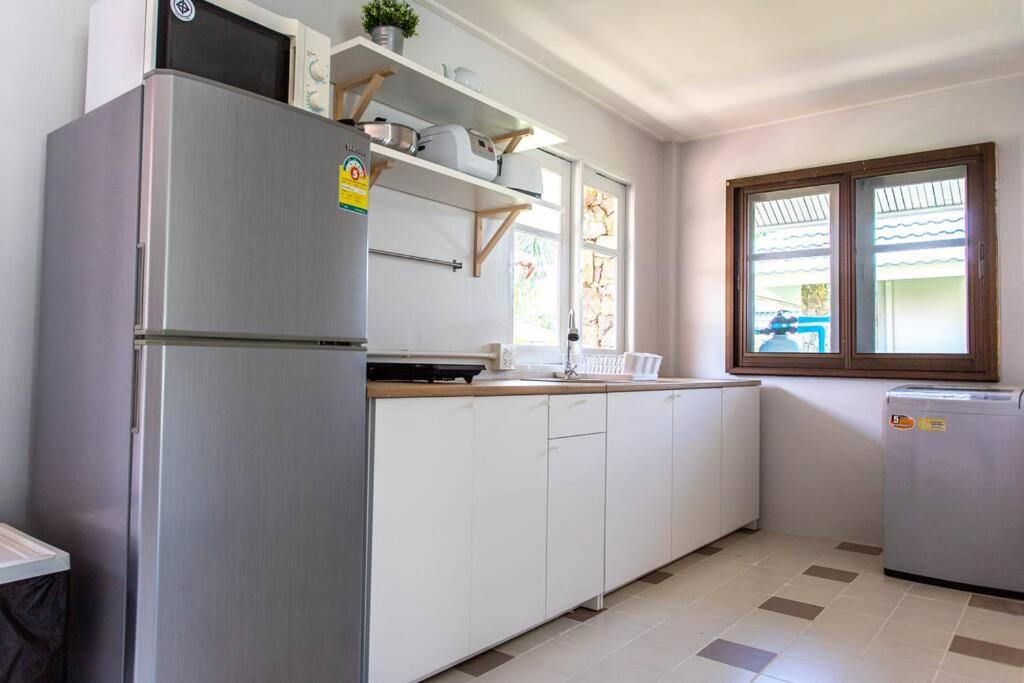 Ferienhaus F4 Beach house Kitchen BBQ 3 bedrooms Large yard ...