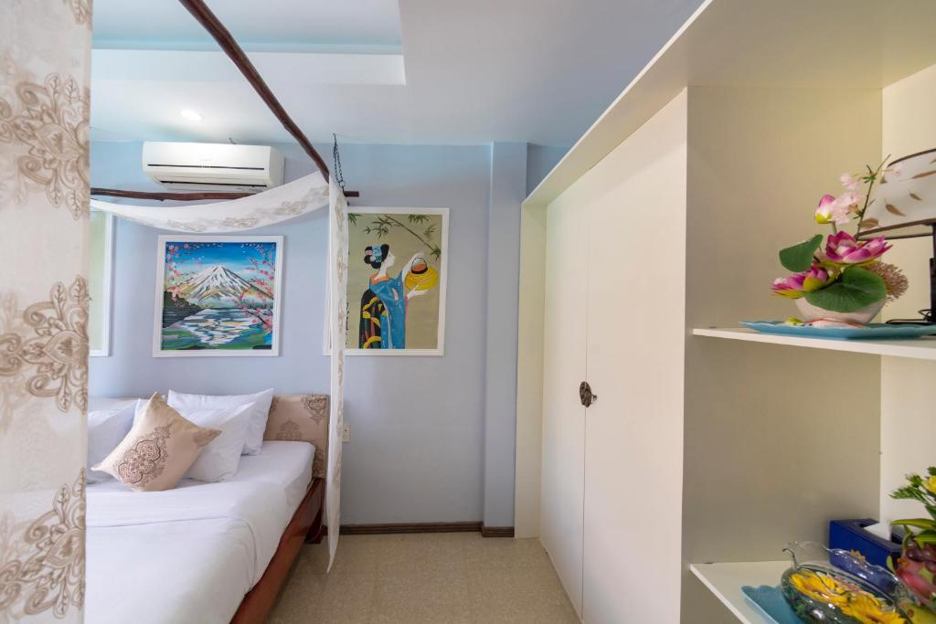 Phòng 3 Người Có Ban Công Và Tầm Nhìn Ra Hồ Bơi