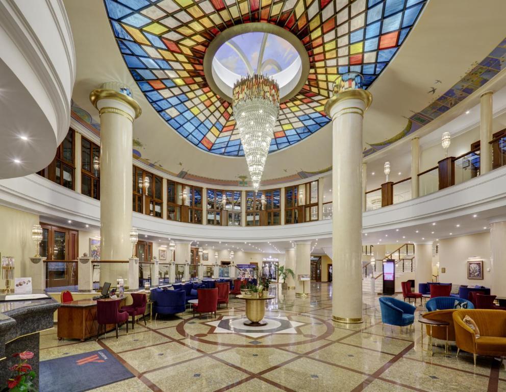 Ресторан / где поесть в Отель Марриотт Москва Ройал Аврора