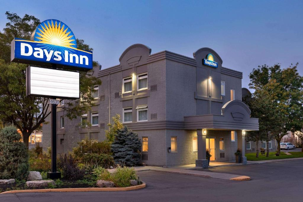 Hotel Days West Mississauga Canada Booking Com