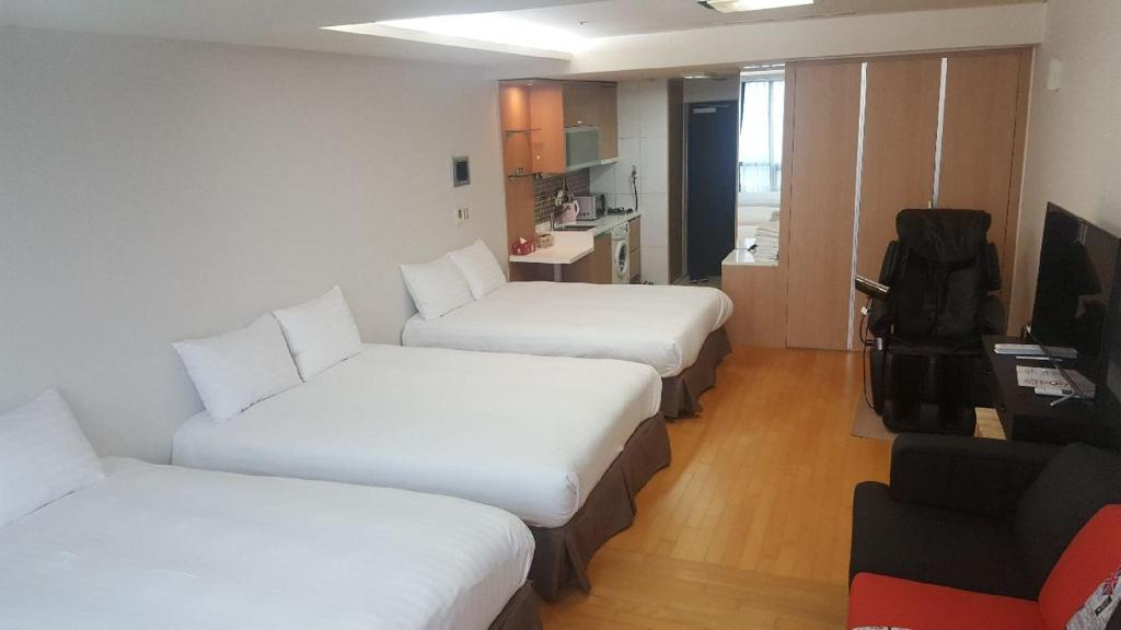 A room at Incheon Airport Stay.