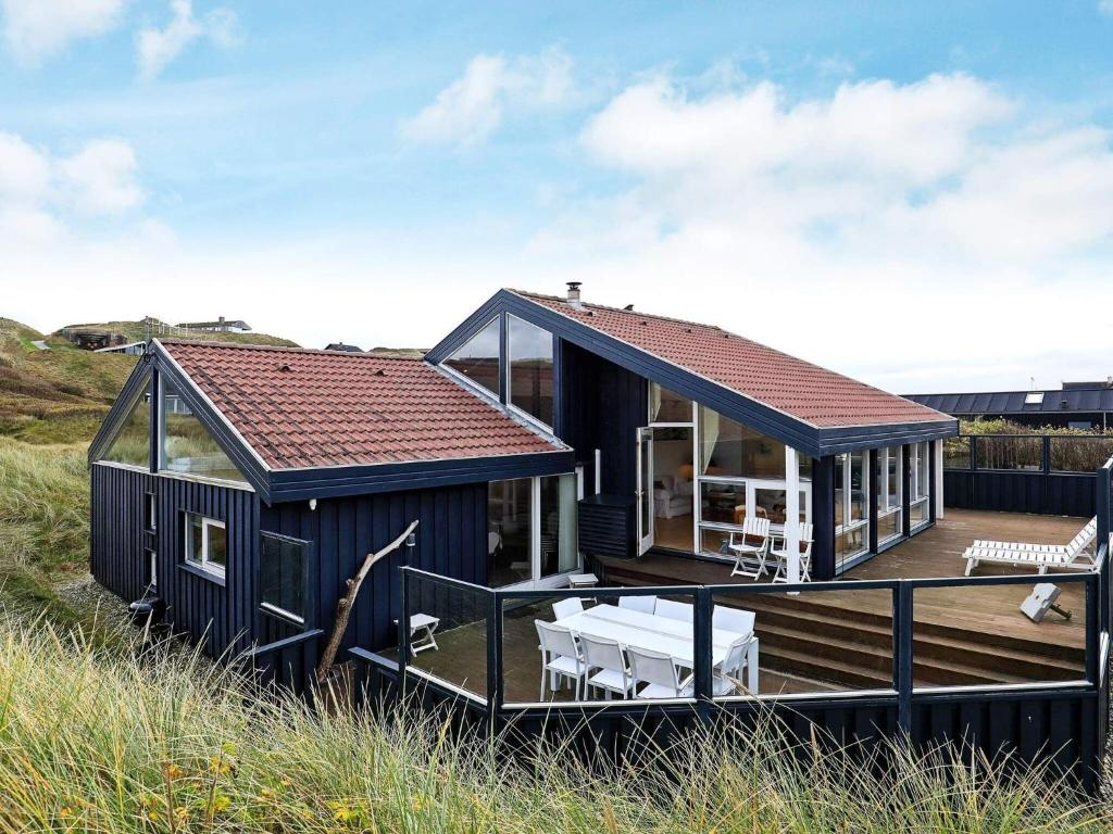Five-Bedroom Holiday home in Løkken 6