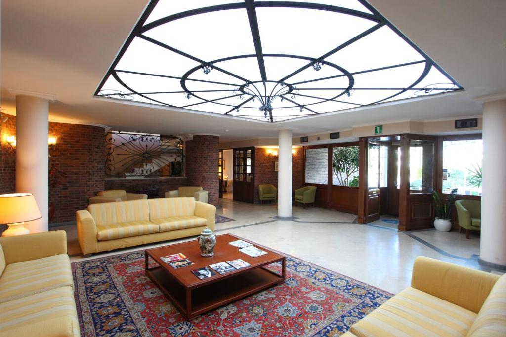 The lobby or reception area at Altea Suites