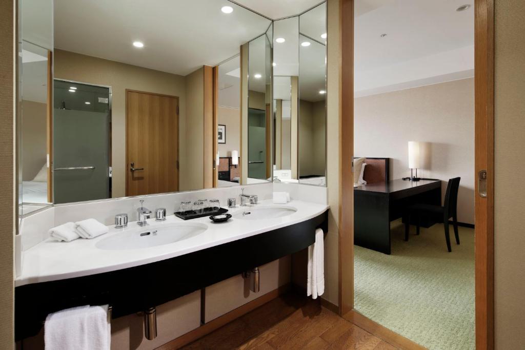 Hotel Granvia Kyoto (Japón Kioto) - Booking.com
