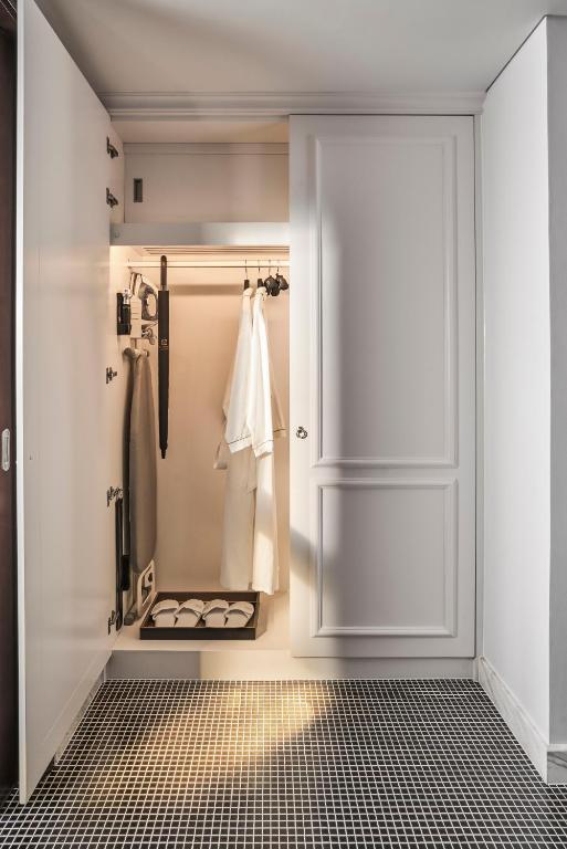 Phòng Premium Có Giường Cỡ King - Minibar Miễn Phí