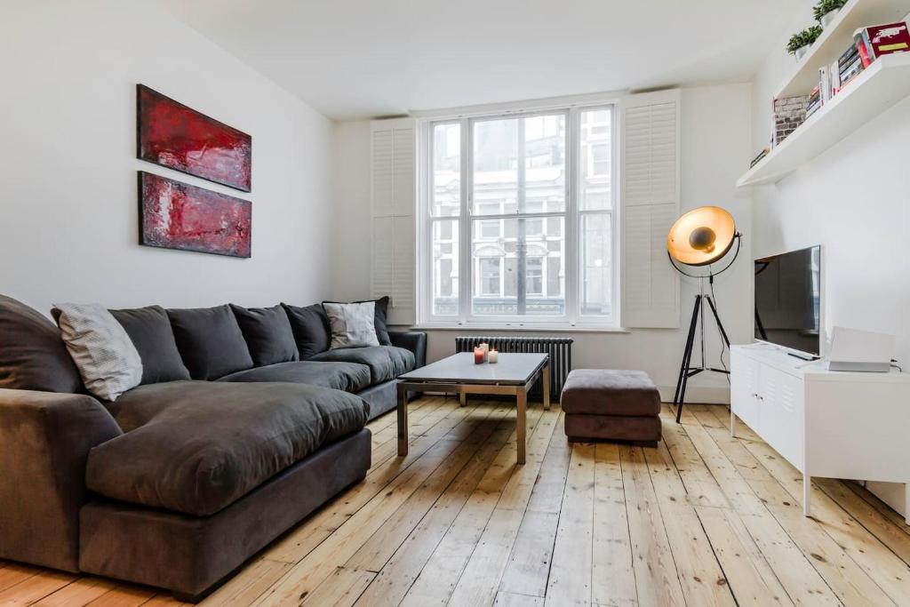 1 Bedroom Shoreditch High Street in London, Greater London, England