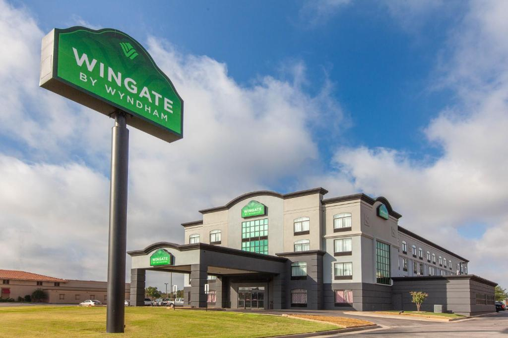Wingate by Wyndham Oklahoma City Airport.