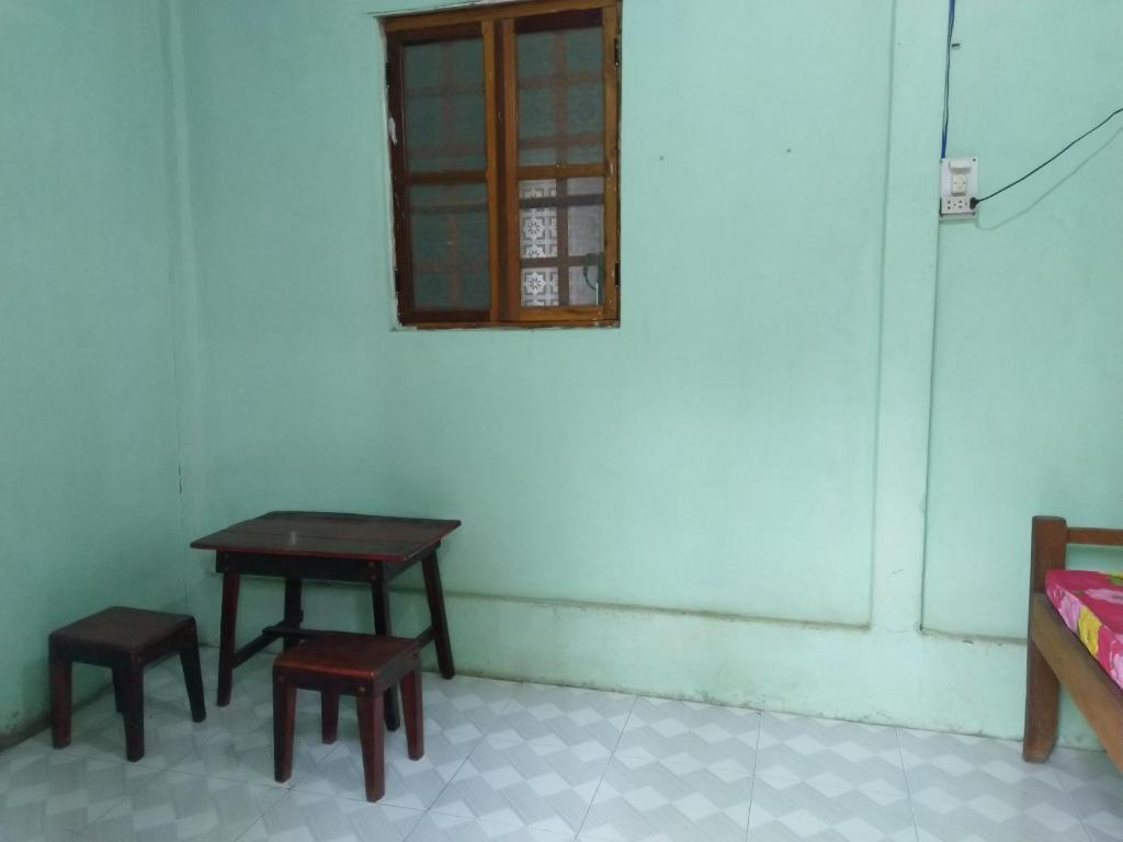 Phòng Giường Đôi với Phòng tắm Chung