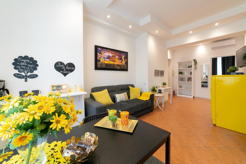 Posezení v ubytování *****AmoRhome***** New Luxury apartment in the heart of Rome