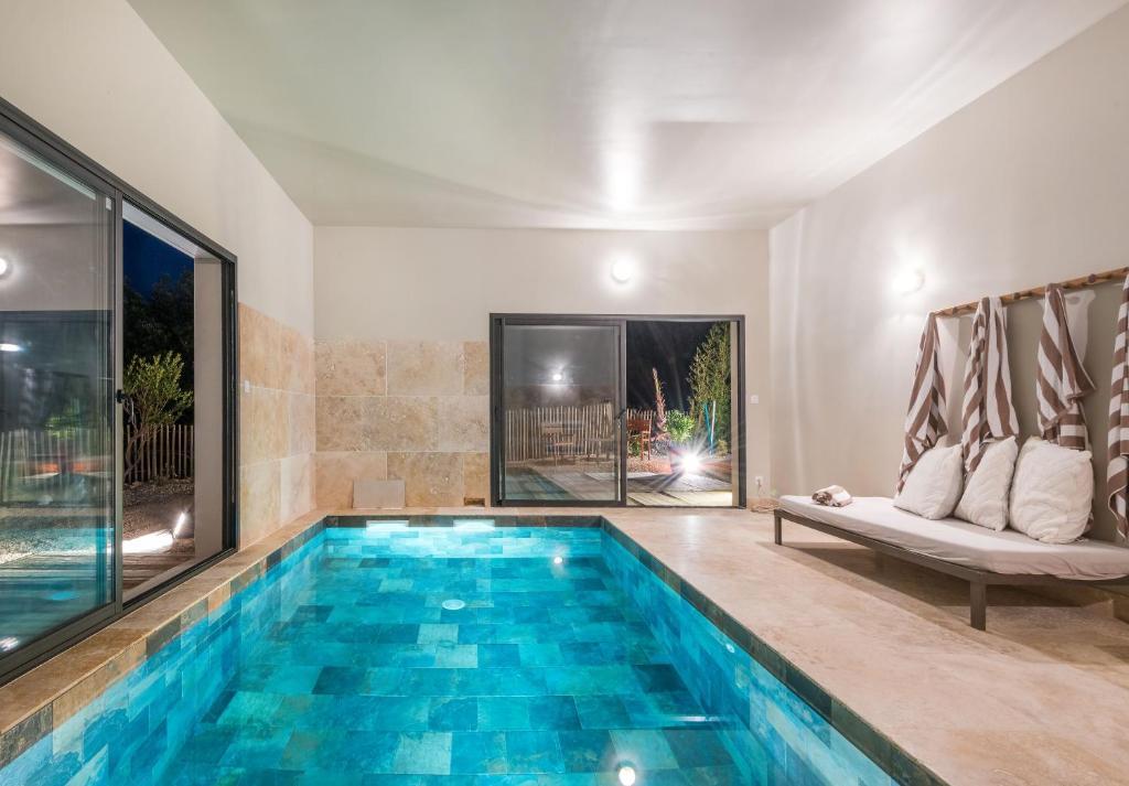 Villa Celestine 10pers Piscine Interieure Chauffee Saint Siffret