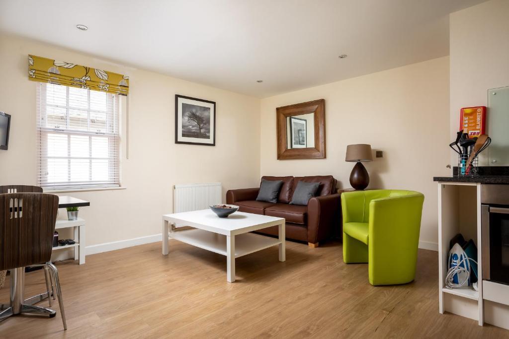 Apartment The Suffolks Cheltenham Uk Bookingcom