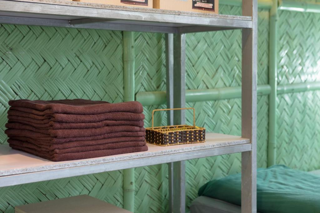 Giường tầng ở Phòng ngủ tập thể của nam
