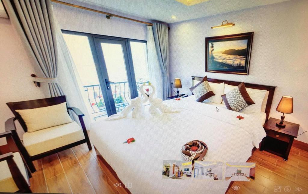Phòng Deluxe Giường Đôi Với Ban Công và Tầm Nhìn Ra Núi