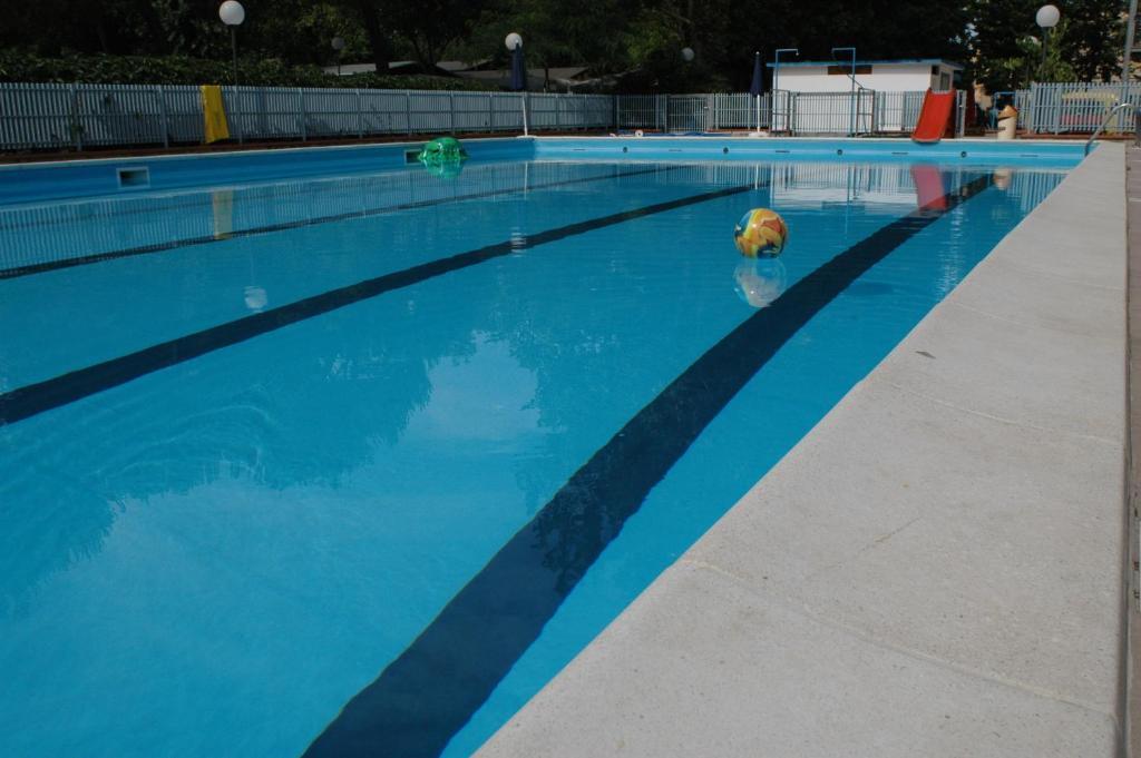 The swimming pool at or near Villaggio Accademia