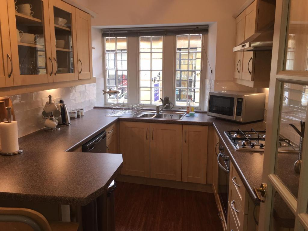 Bradford Views Apartments Sleeps Four People in Bradford on Avon, Wiltshire, England