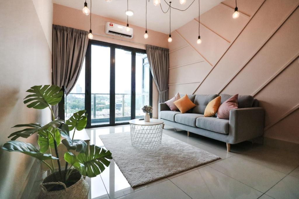 A seating area at Victoria Home One Residences