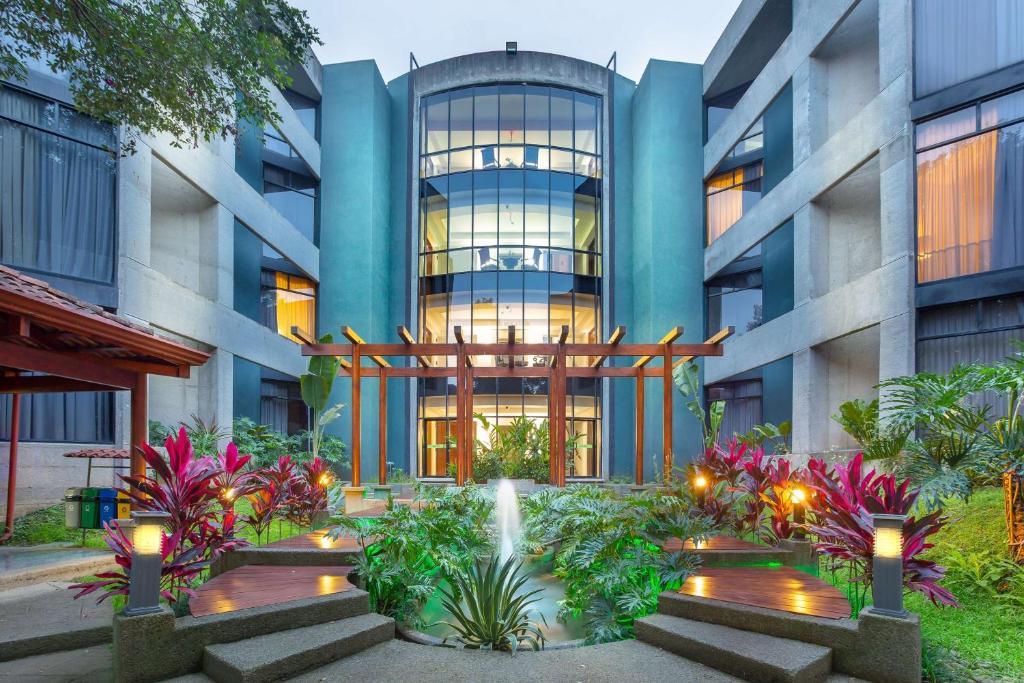hospital hotel la catolica san jose costa rica