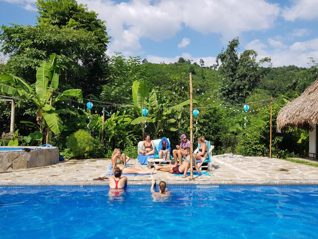 The swimming pool at or near NoMadders Hostel