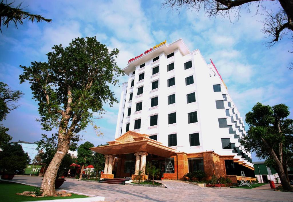 Thông Đỏ Hotel