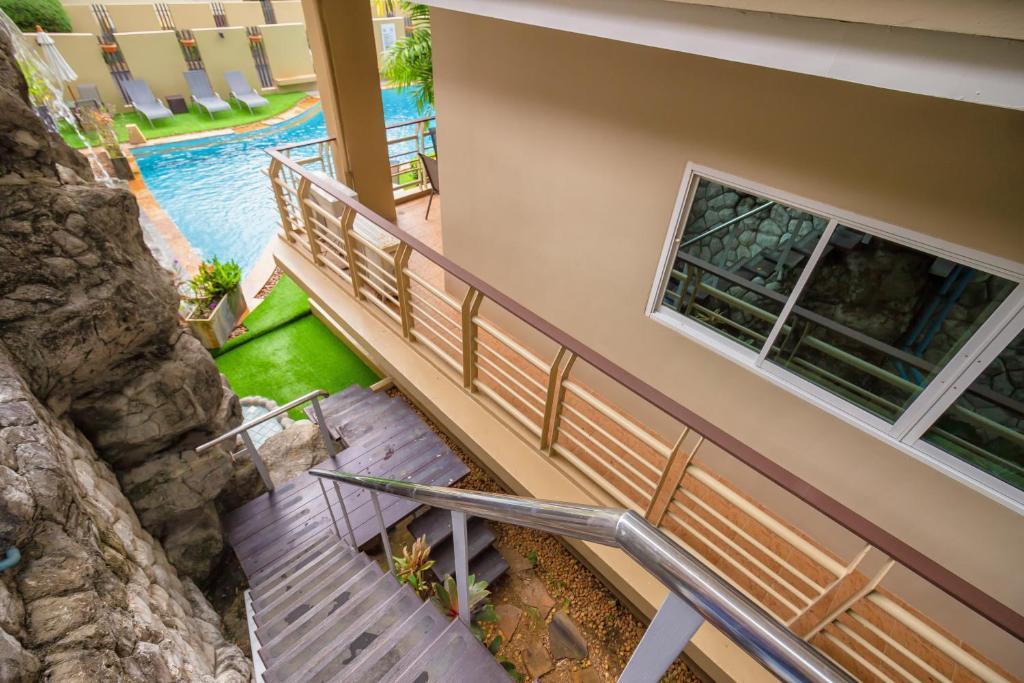 Karon View Elegant Style Apartment Tailandia Karon