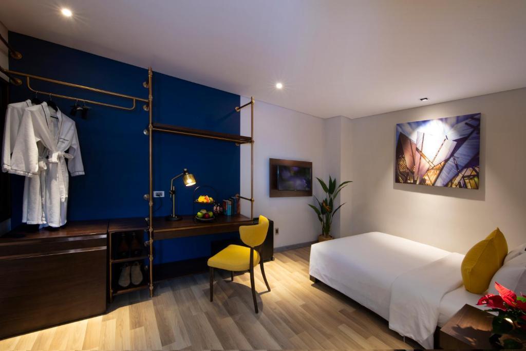 Phòng Deluxe Giường Đôi Không Có Cửa Sổ - Ưu Đãi Spa & Cocktail Trên Sân Thượng